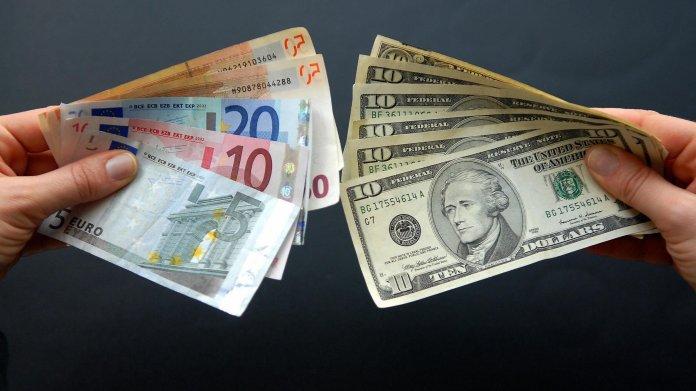 Обмен евро доллар