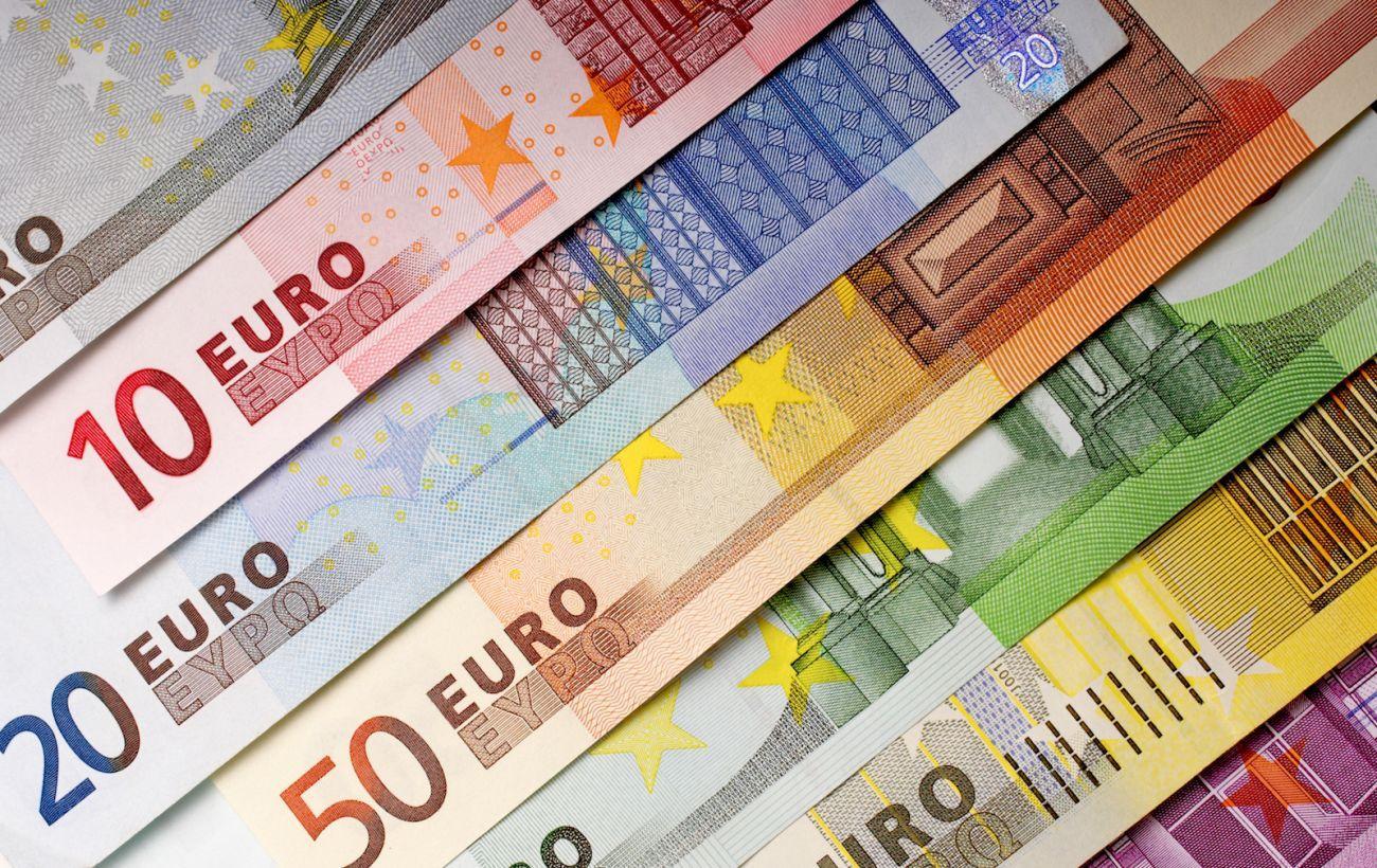 Курс евро 2021